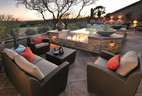 Outdoor Lounge Photo 1